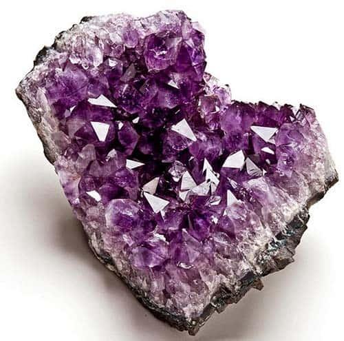 Significado de la amatista significado de las piedras for Cual es el color piedra