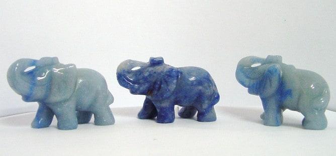 Elefantes cuarzo azul