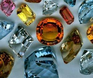 Piedras topacios de colores