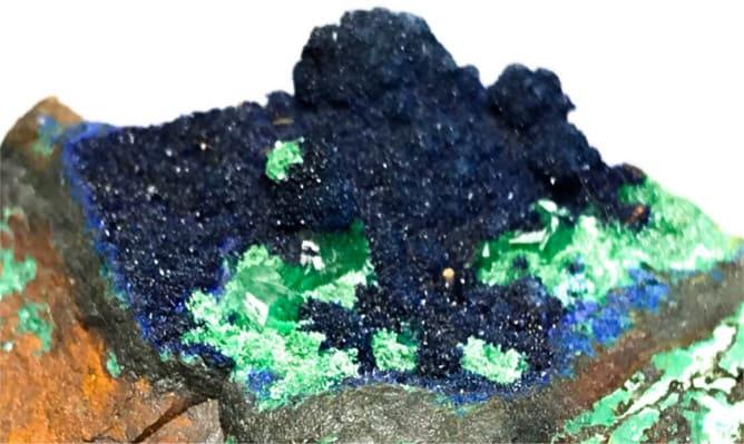 Piedra azurita cristalizada con malaquita verde